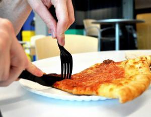 2465255-2388999391-pizza